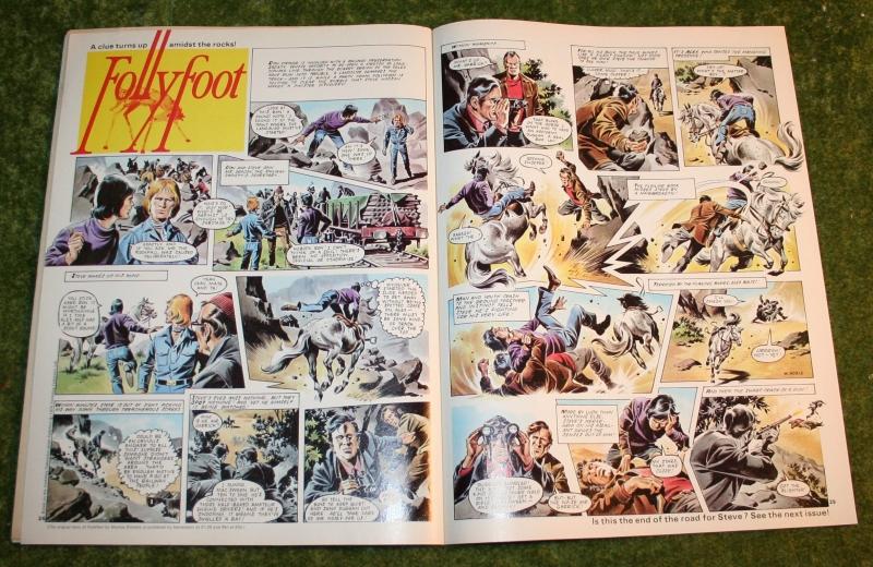 look in 1974 no 4 (7)