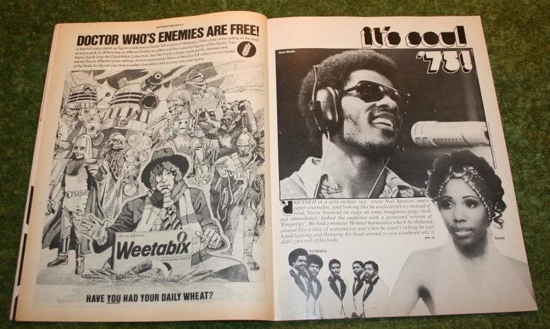 Look In 1975 no 13 (5)