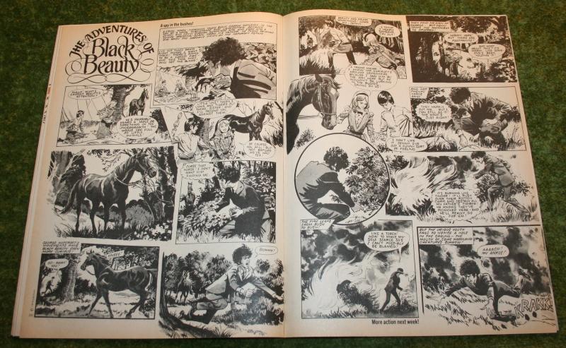 Look In 1975 no 14 (4)