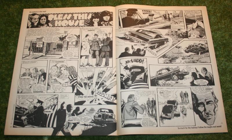 Look In 1975 no 34 (5)