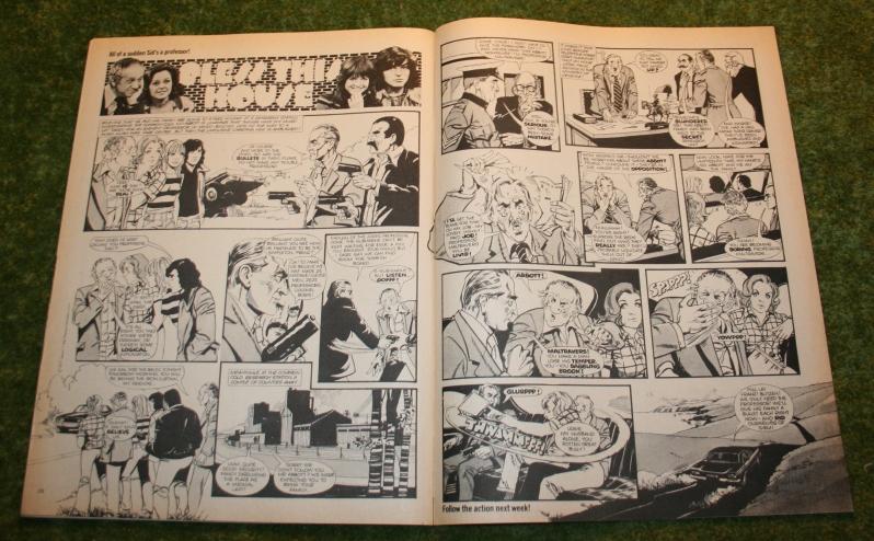 Look In 1975 no 35 (6)