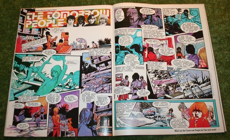 Look In 1975 no 36 (4)