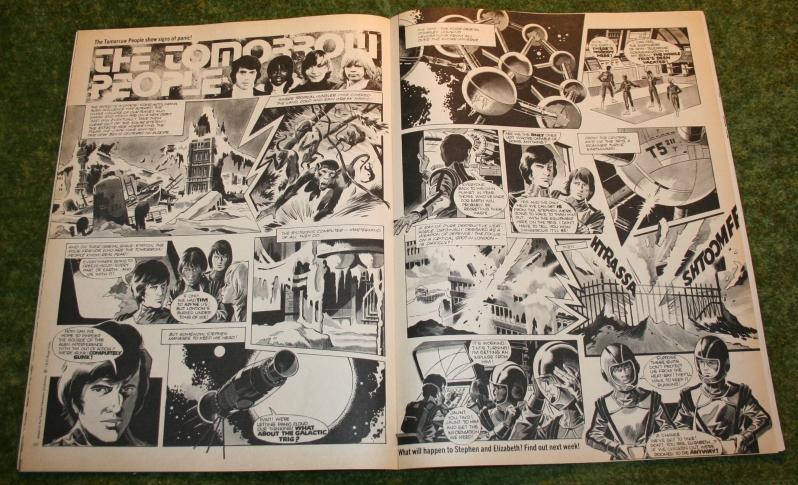 Look In 1975 no 38  (4)