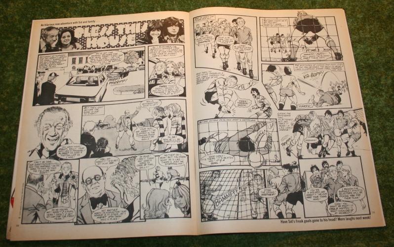 Look In 1975 no 38  (6)