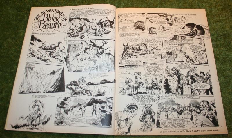Look In 1975 No 4 (4)