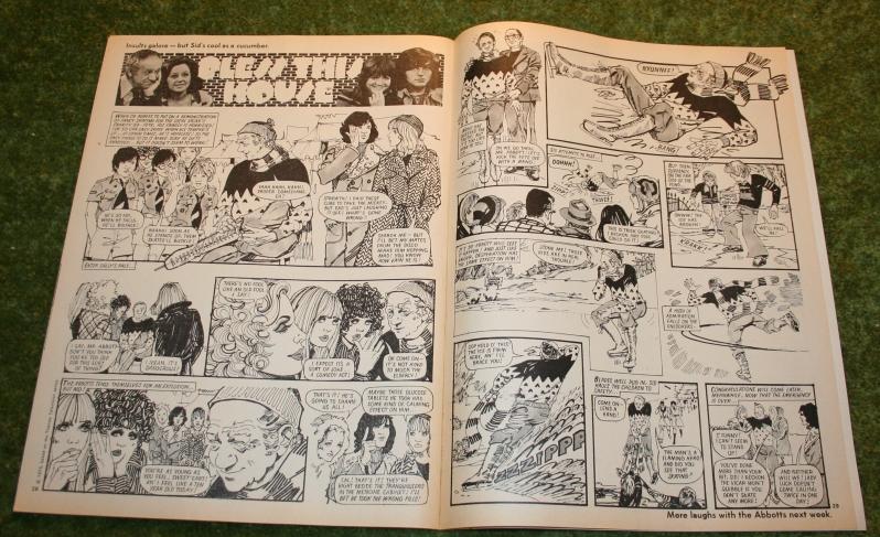 Look In 1975 No 5 (6)