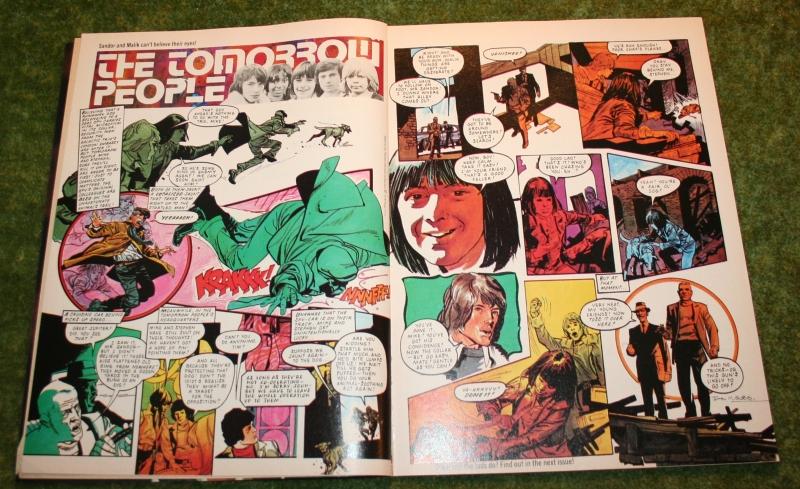 look-in-1976-no-10-3