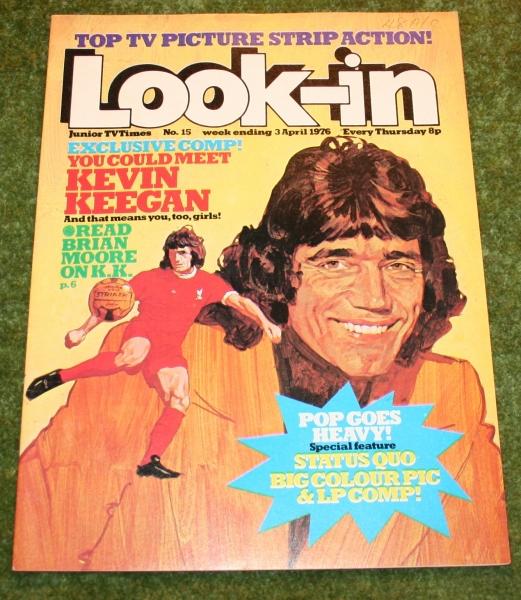 look-in-1976-no-15-damaged-2