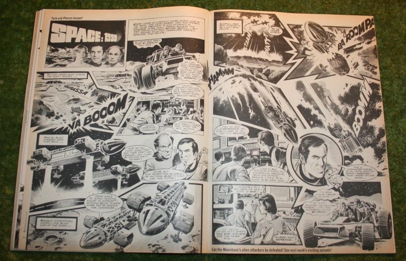 look-in-1976-no-24-11