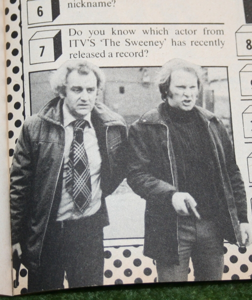 look-in-1976-no-24-15