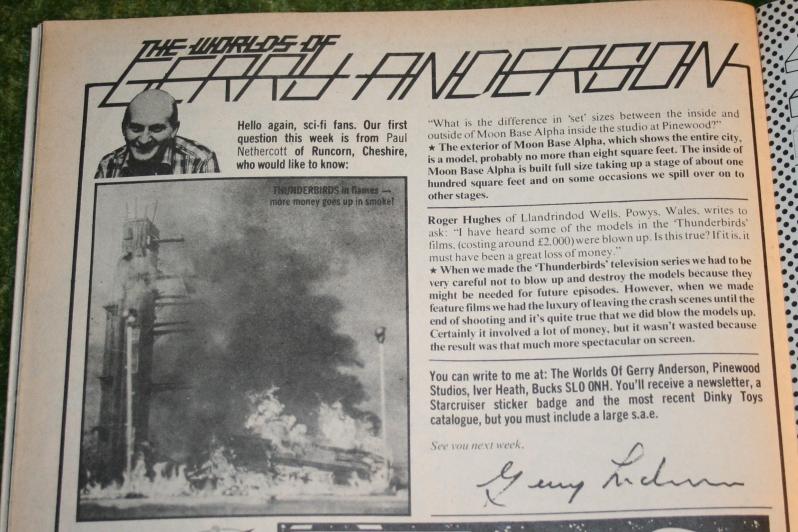 Look In 1977 no 23 (4)