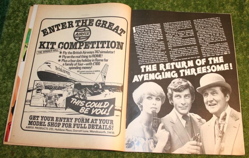 Look in 1977 no 37 (7)