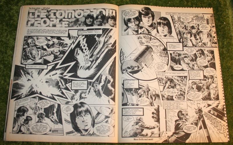 Look In 1977 no 42 (7)