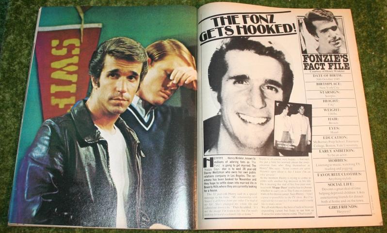 Look In 1977 no 44 (9)