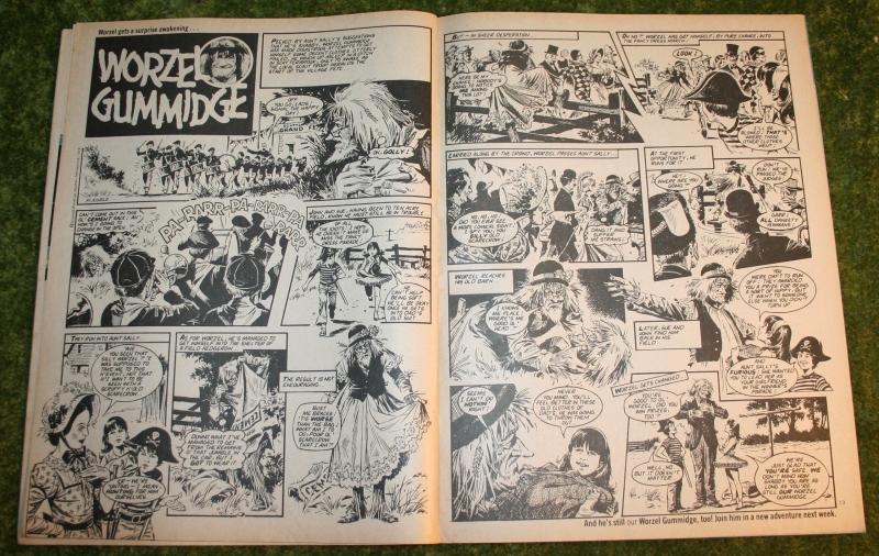 Look In 1980 no 47 (4)