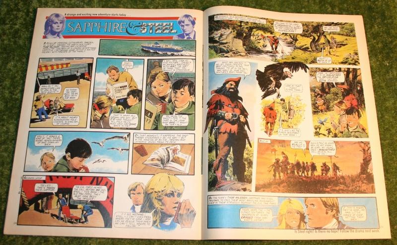 Look in 1981 no 5 (8)