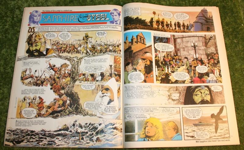 Look in 1981 no 6 (6)