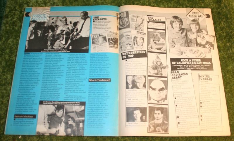 Look in 1982 no 7 (8)