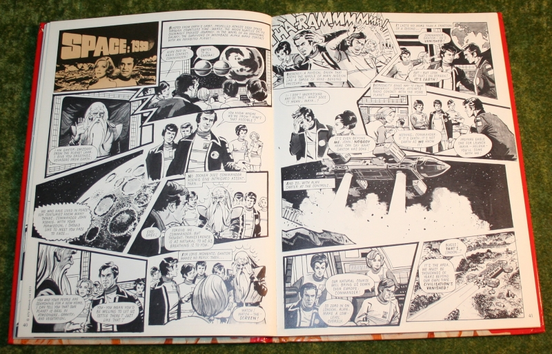 Look in annual (c) 1977 (14)