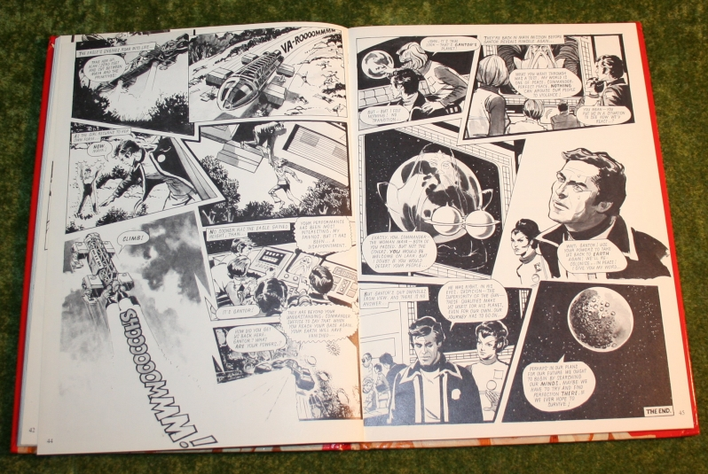 Look in annual (c) 1977 (16)