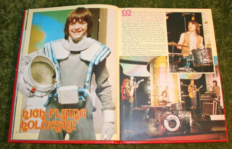 Look In Annual (c) 1976 (13)