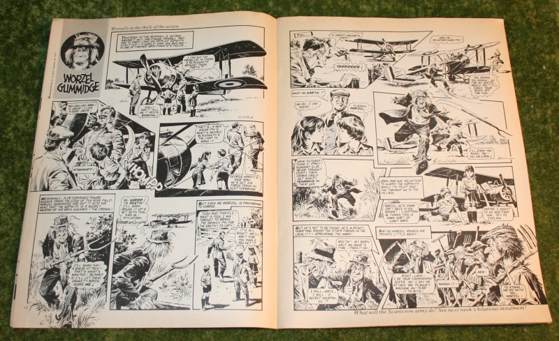 Look in 1981 no 39 (5)