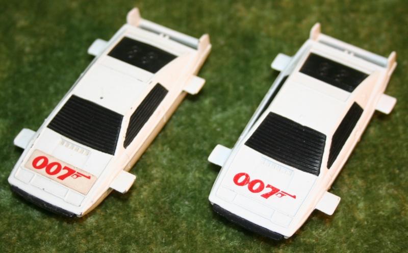 007 loose corgi jr Lotus (3)