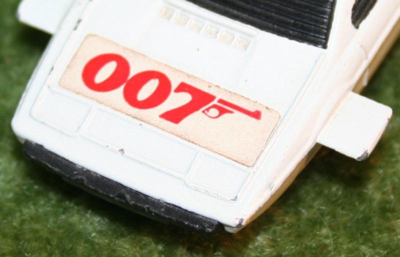 007 loose corgi jr Lotus (4)