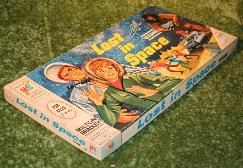 lost-in-space-board-game-10