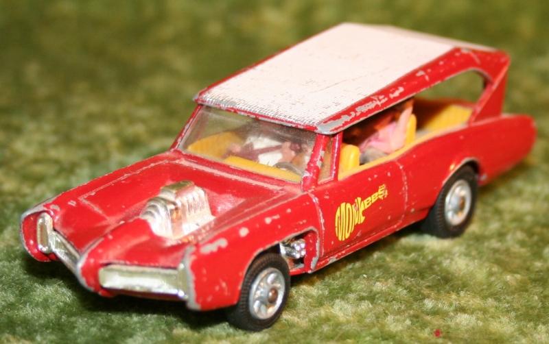 Monkee Mobile Corgi (4)