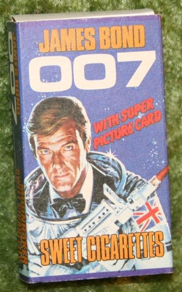 007 moonraker sweet cig box (3)