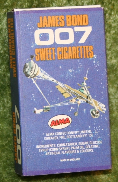 007 moonraker sweet cig box (4)