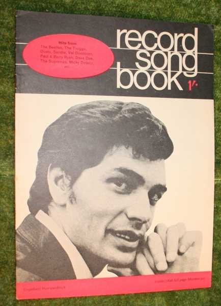 record-song-book-aveng-1-april-1967-3