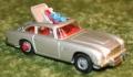 007 corgi Aston New silver Tyre slashers (3)