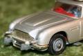 007 corgi Aston New silver Tyre slashers (9)