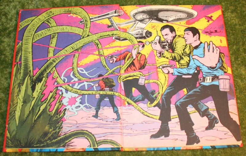 Star trek tv picture story book (2)