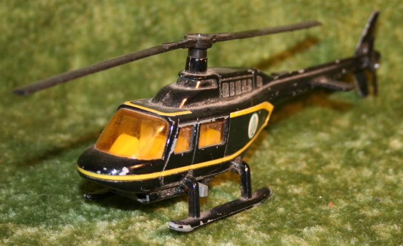 007 swlm stromburg helicopter corgi (12)