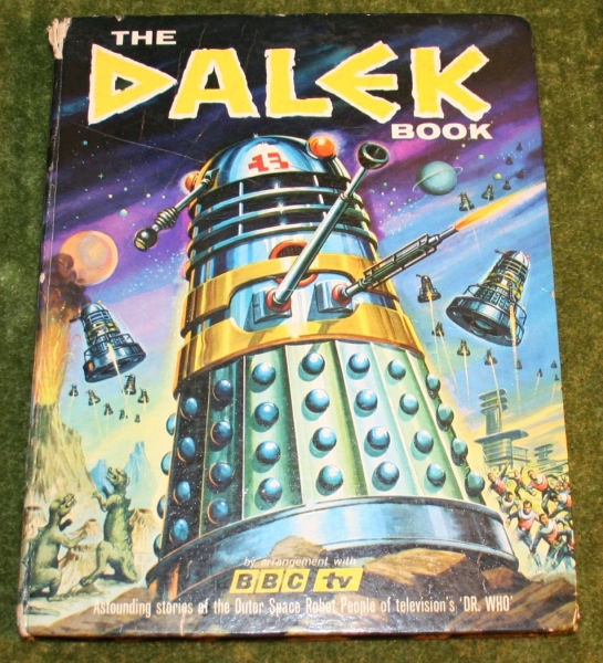 dr who the dalek book (2)