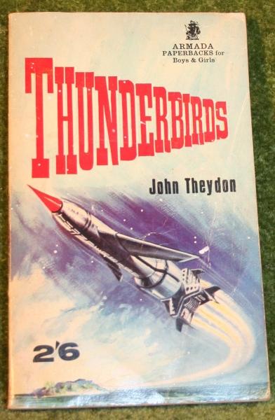 thunderbirds-paperback