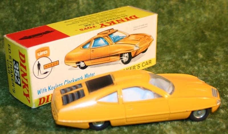 UFO ed strakers car yellow