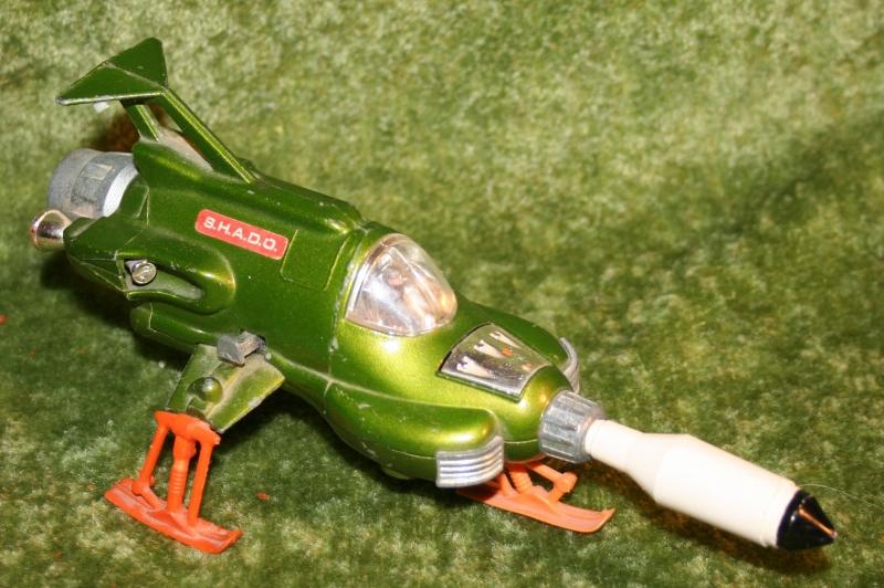 ufo-intercepter-dinky-toys-2