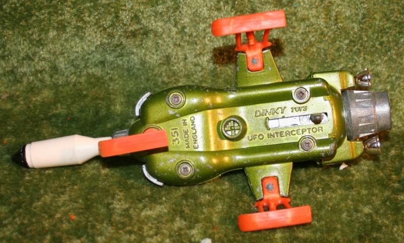 ufo-intercepter-dinky-toys-4