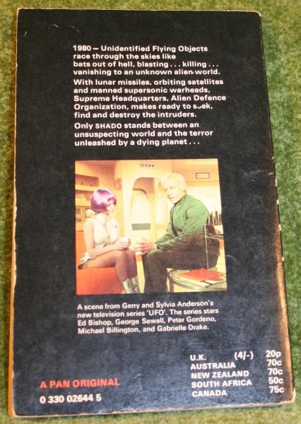 ufo-paperback-pan-4