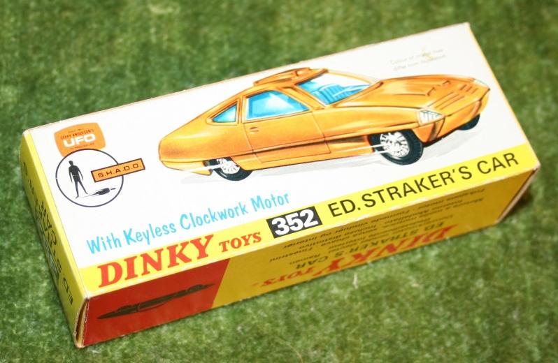 ufo-straker-car-orange-6