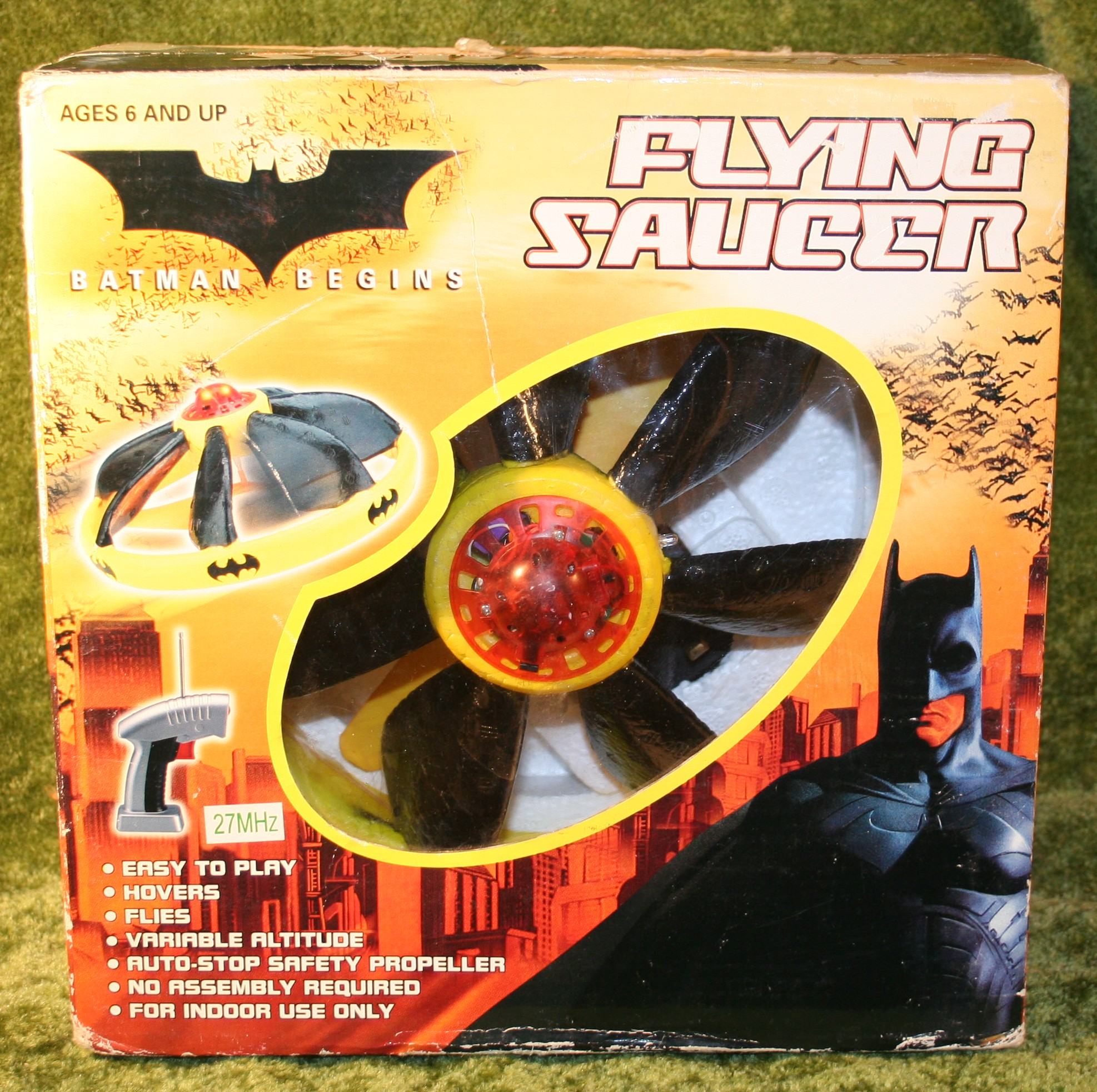 Batman Begins Flying Saucer 2005